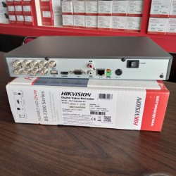 HIKVISION TURBO HD DVR DS-7208HQHI-K1