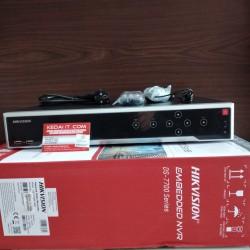 HIKVISION EMBEDDED NVR DS-7732NI-I4 (B)